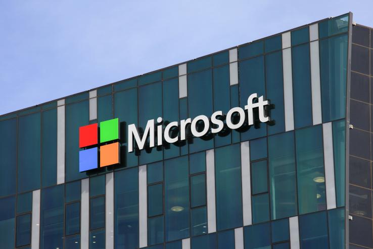 Бот от Microsoft назвал Windows 10 «шпионским ПО»