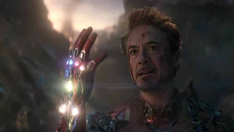 """Новая теория предлагает иной взгляд на смерть Тони Старка в """"Мстителях: Финал"""""""