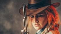 Завораживающий косплей Сэди Адлер из Red Dead Redemption 2