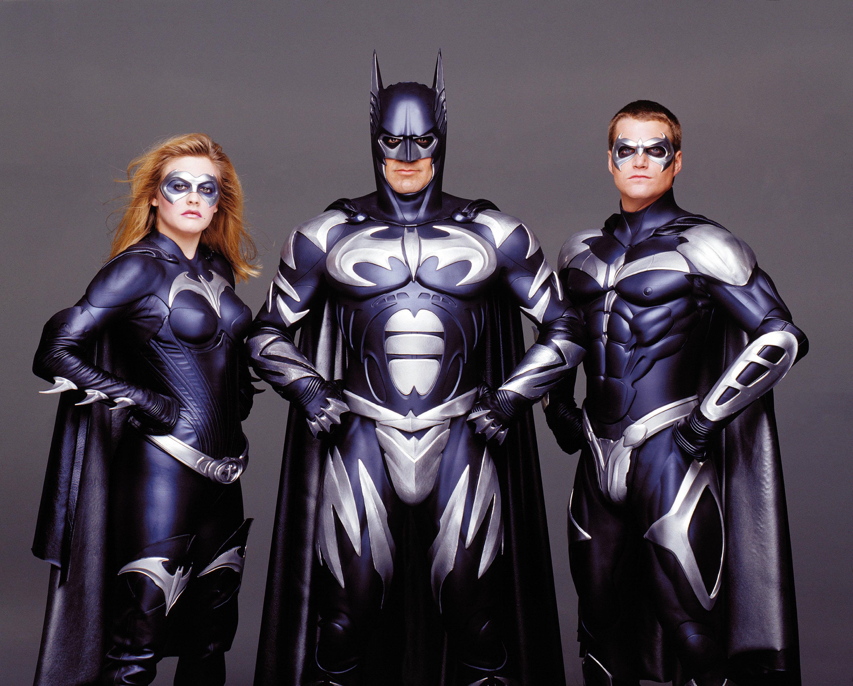 Спустя 20 лет: кинорежиссер извинился за собственный фильм «Бэтмен иРобин»