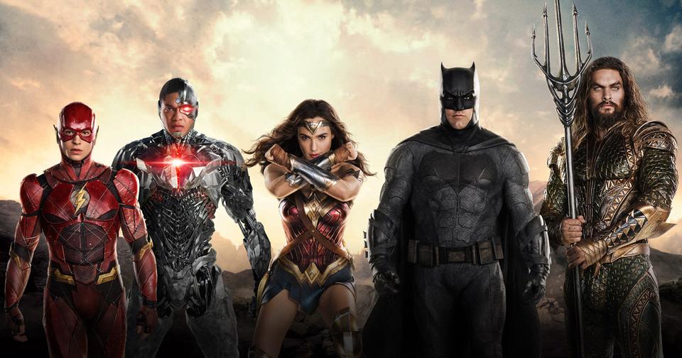 «Лига справедливости»: Наэтом постере героиDC убивают персонажей Marvel. Что?