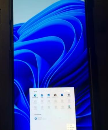 Энтузиасты запустили Windows 11 на смартфоне, на котором нет даже Android 11