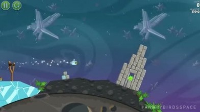 "Angry Birds Space ""Геймплей"""