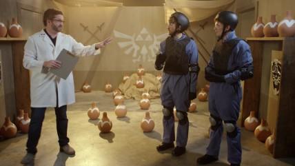 Half-Life Разрушение объектов в реальной жизни