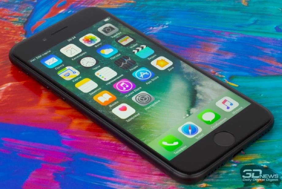 У новых iPhone 8 стал отклеиваться экран