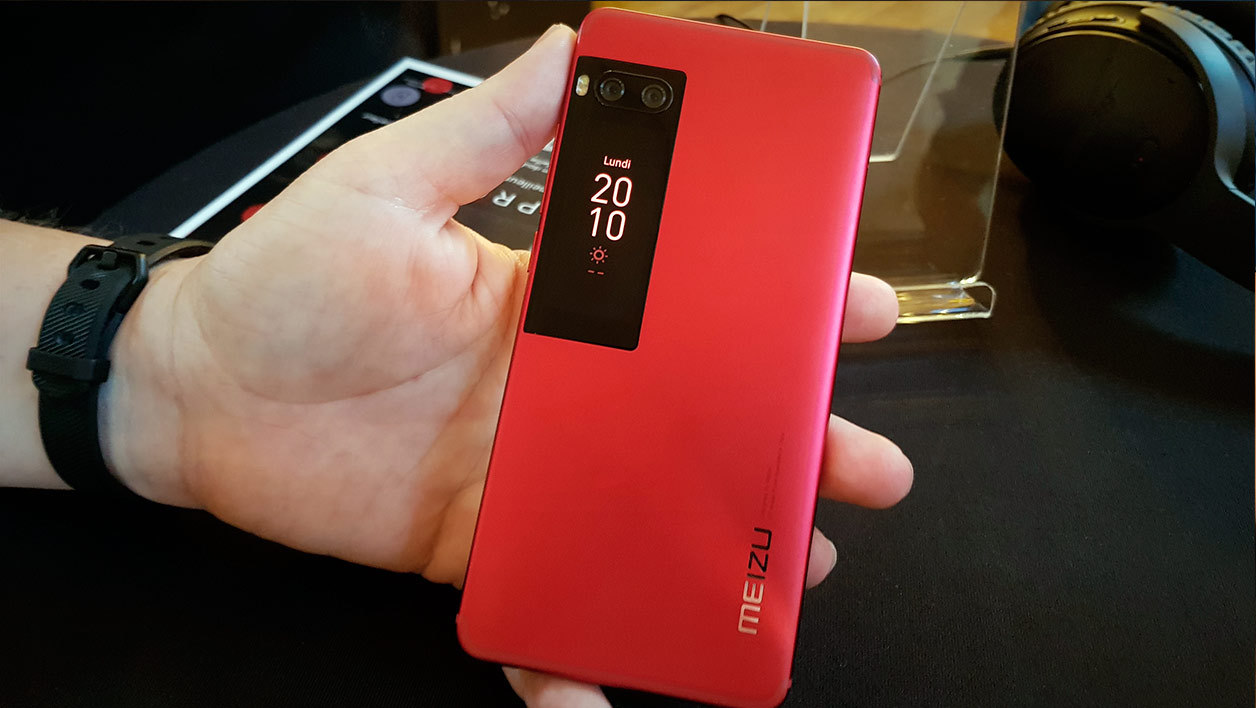 Флагманский Meizu 7 Pro Plus резко упал вцене на 10 000 руб.