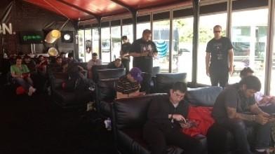 Геймеры установили рекорд непрерывной игры на планшетах