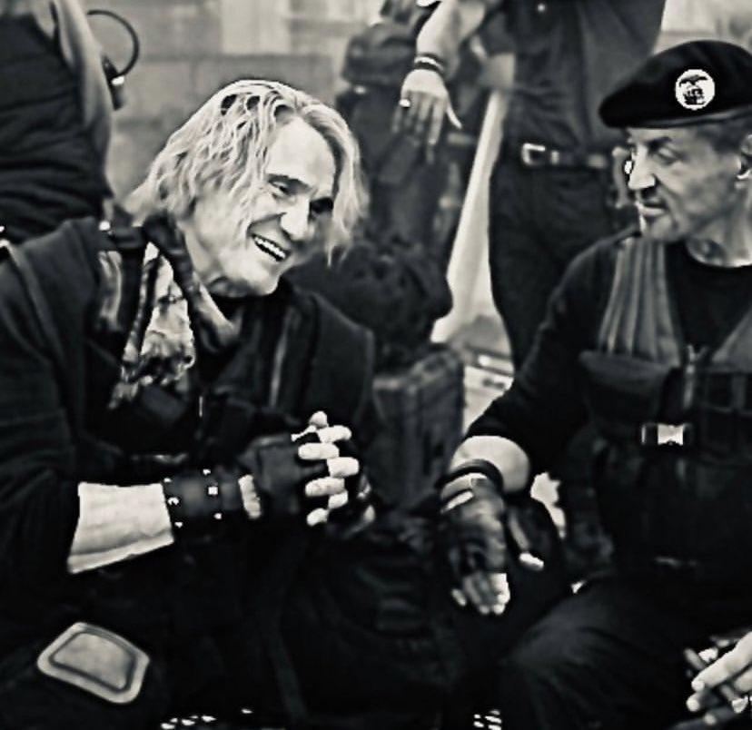 """Крутой Сильвестр Сталлоне на новых фото """"Неудержимых 4"""""""