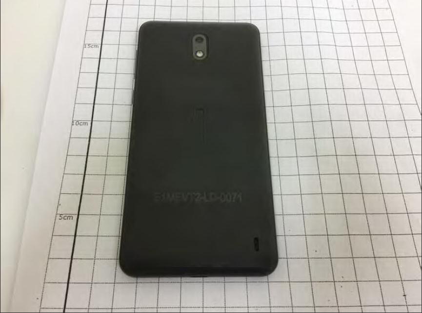 Назван смартфон, который первым получитОС андроид  8.0