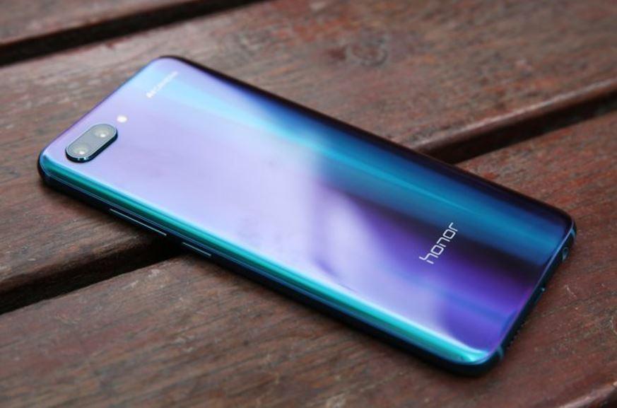 Появились характеристики телефона Huawei Honor 10 Lite