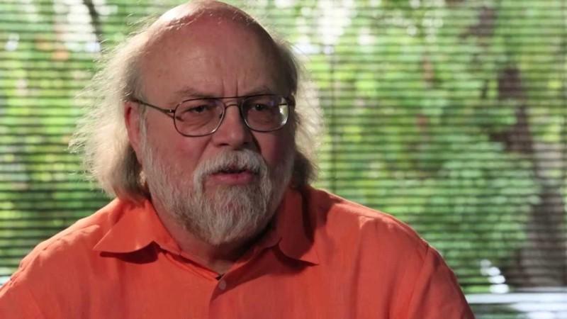 Автор объектно-ориентированного и кроссплатформенного языка программирования Java Джеймс Гослинг (источник фото: liquid-robotics.com)