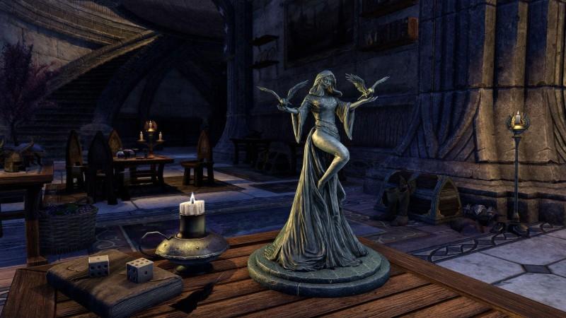 Небольшая статуэтка владычицы даэдра Ноктюрнал, Повелительницы Ночи.