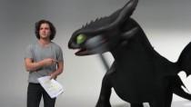 Джон Сноу приручает дракона в забавном видео