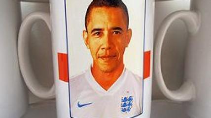 Барак Обама случайно стал игроком сборной Англии по футболу