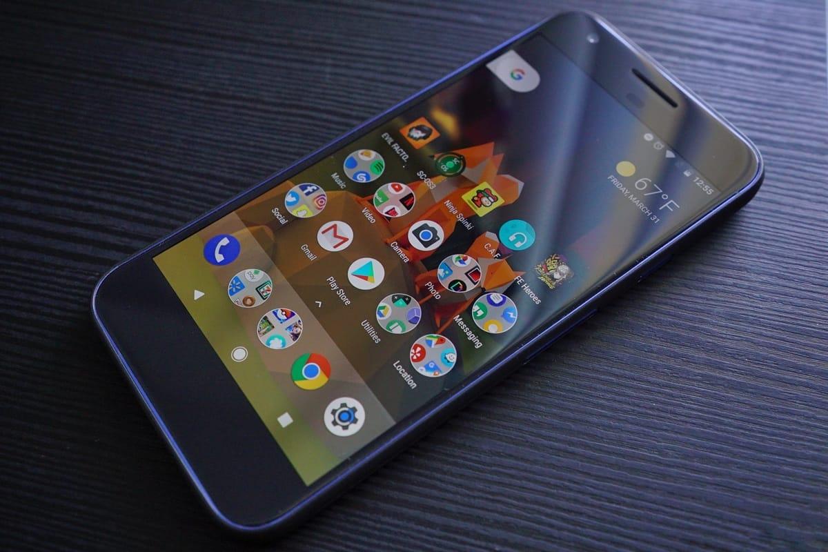 Какой-то ужас: Google Pixel 2 на фотографиях выглядит ужасающе
