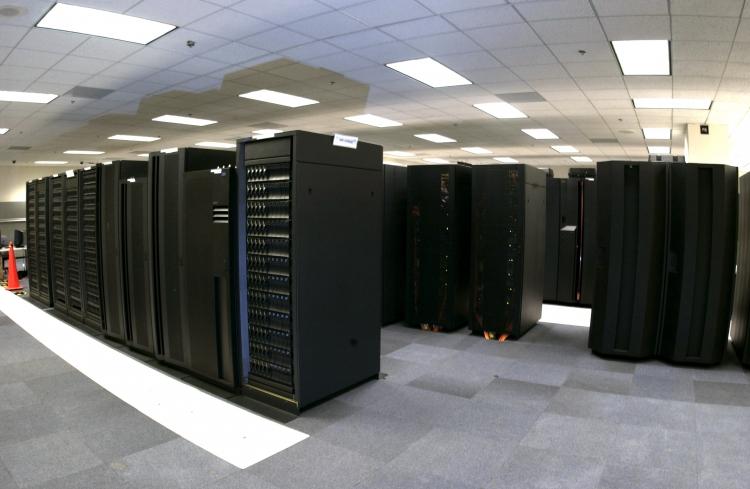 Суперкомпьютер мощностью 55 трлн операций засекунду создали в Российской Федерации