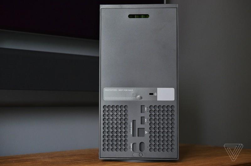 Официальные изображения и видео макетов Xbox Series X и Xbox Series S