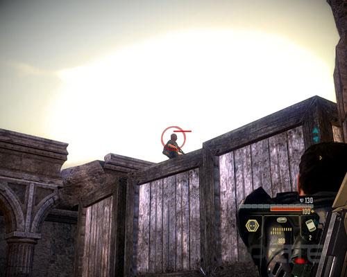 Снимите верхнего охранника из пистолета с глушителем